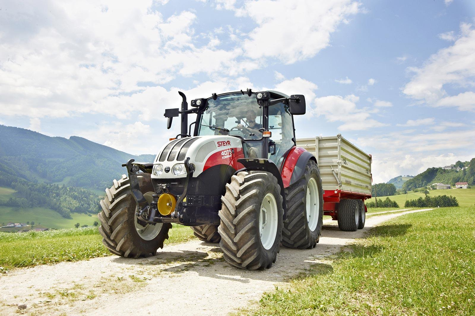 steyr-kompakt-traktor-4075